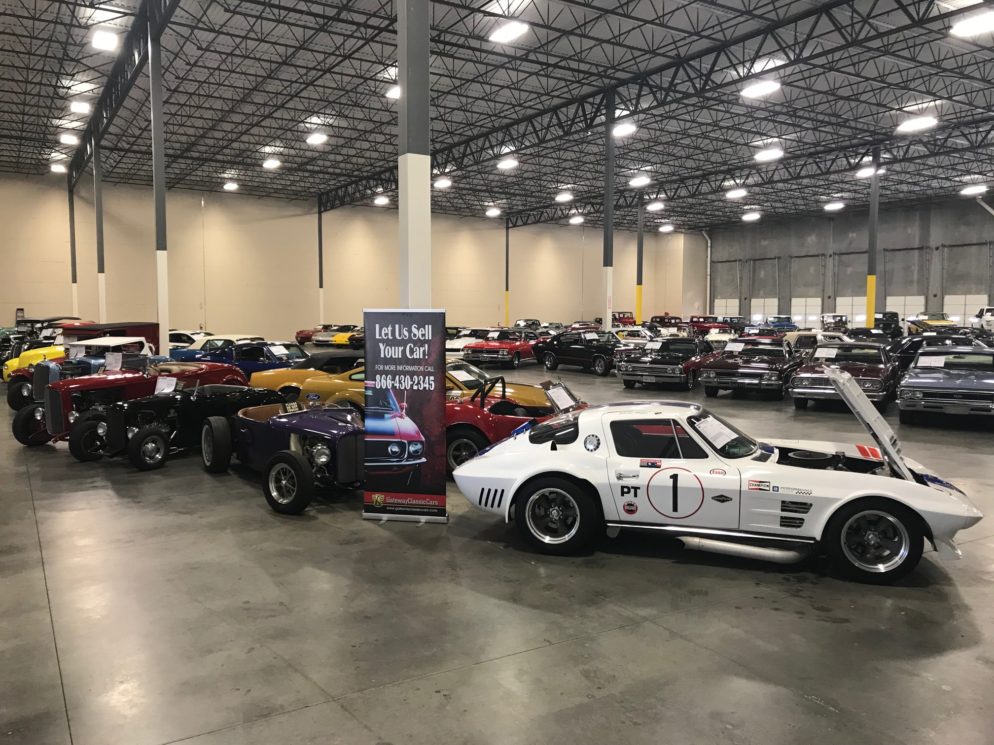 Dallas Car Show >> Dallas Showroom Contact And Directions Gateway Classic Cars